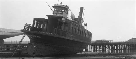 SI Ferry History
