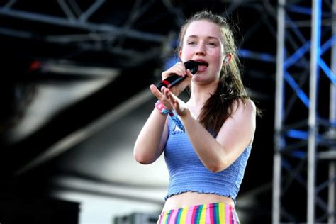 """Song Review: """"Sucker Punch"""" by Sigrid"""