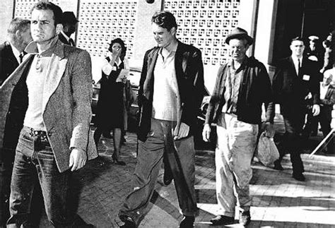 New Questions About The 3 Tramps of Dealey Plaza on