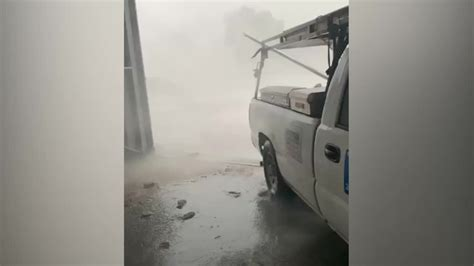 Winds Damage Several Planes at Baton Rouge Airport in