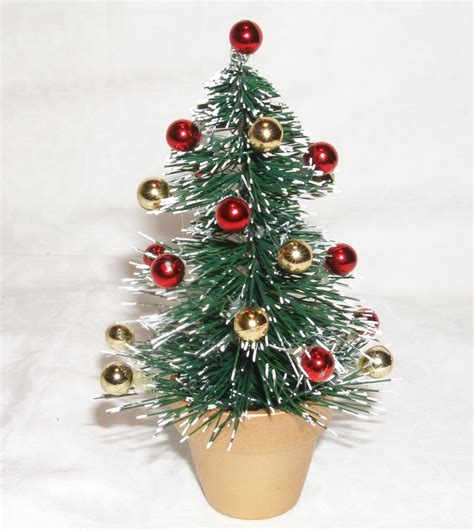 Free Little christmas tree Stock Photo - FreeImages